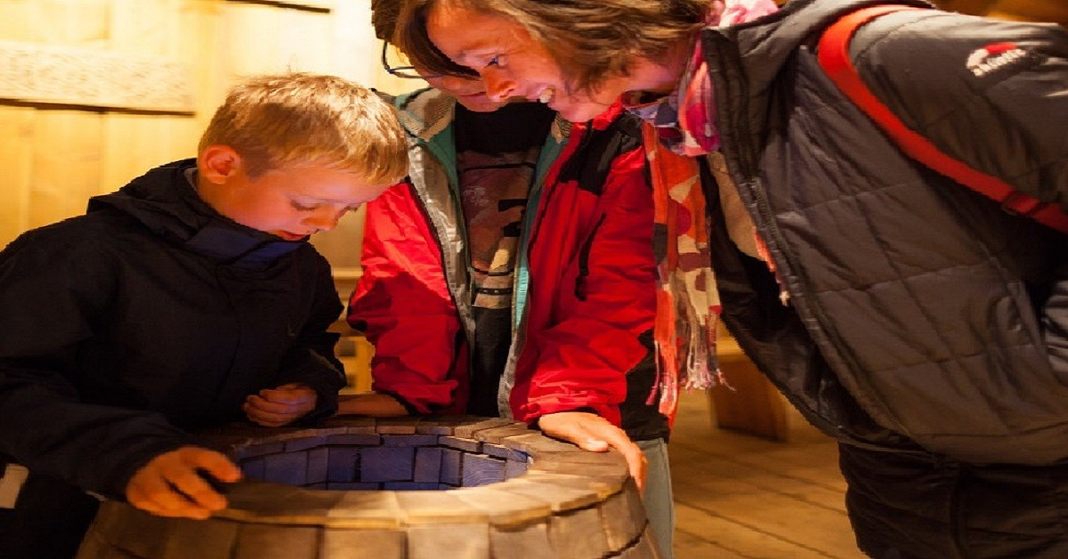Barnas Vikinglørdag Lofotr Vikingmuseum foto Kjell Ove Storvik